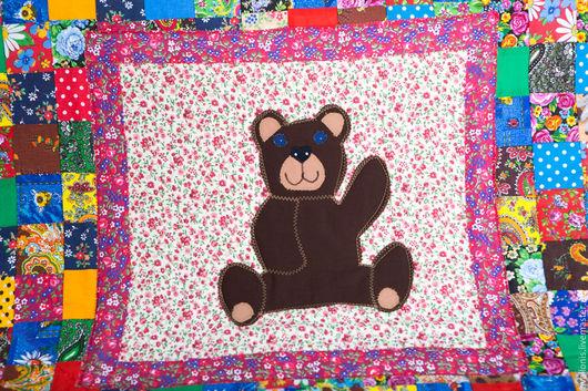 """Детская ручной работы. Ярмарка Мастеров - ручная работа. Купить Одеяло на ватине""""Мишка"""" лоскутное. Handmade. Детский плед, вернисаж"""