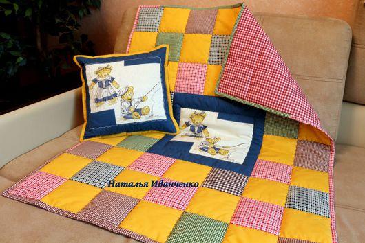 Пледы и одеяла ручной работы. Ярмарка Мастеров - ручная работа. Купить Детское лоскутное одеяло покрывало в кроватку. Handmade. Синий