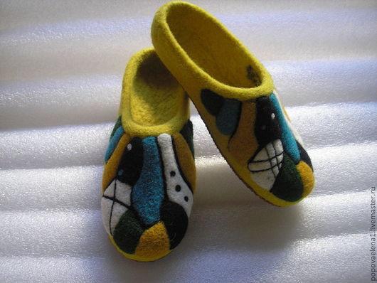 """Обувь ручной работы. Ярмарка Мастеров - ручная работа. Купить Тапочки """"Жара в мегаполисе"""". Handmade. Домашние тапочки, отличный подарок"""