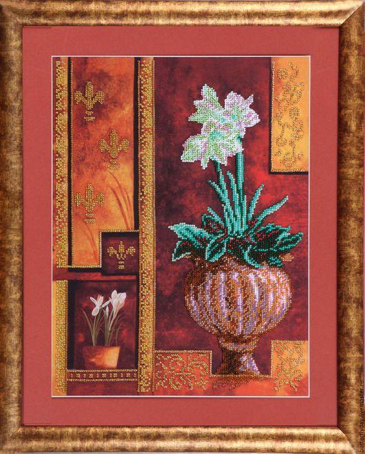 """Картины цветов ручной работы. Ярмарка Мастеров - ручная работа. Купить Картина, вышитая бисером """"Цветок в вазе"""". Handmade. Коричневый"""