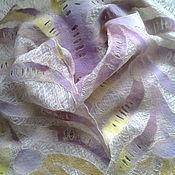 """Аксессуары ручной работы. Ярмарка Мастеров - ручная работа Тонкий валяный шарф """"Первоцвет"""". Handmade."""