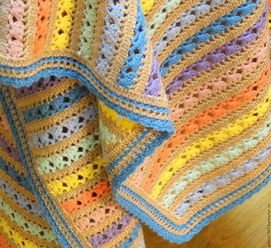 Пледы и одеяла ручной работы. Ярмарка Мастеров - ручная работа. Купить Вязанный красочный плед для малыша. Handmade. Комбинированный, полосатый
