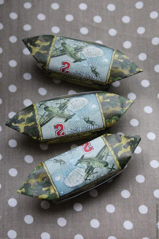 Праздничная атрибутика ручной работы. Ярмарка Мастеров - ручная работа. Купить Дизайн конфетной обертки, шоколада, подарка и т.д.. Handmade.
