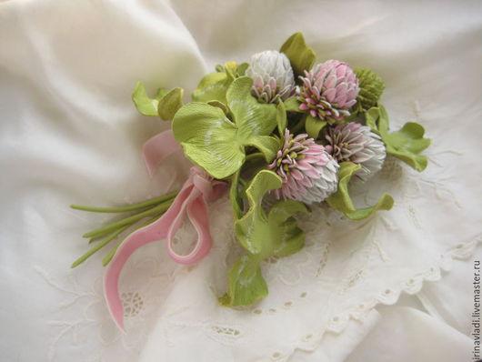 цветок из кожи клевер,розовый клевер брошь,розовый клевер из кожи заколка, ободок с цветком клевера, браслет из кожи  женский,кожаный клевер,цветы клевера заколка, клевер из кожи брошь,букет цветов из