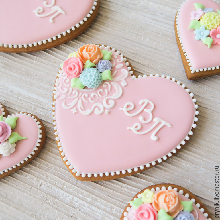 Gingerbread hearts with the initials, Gingerbread Cookies Set, St. Petersburg,  Фото №1