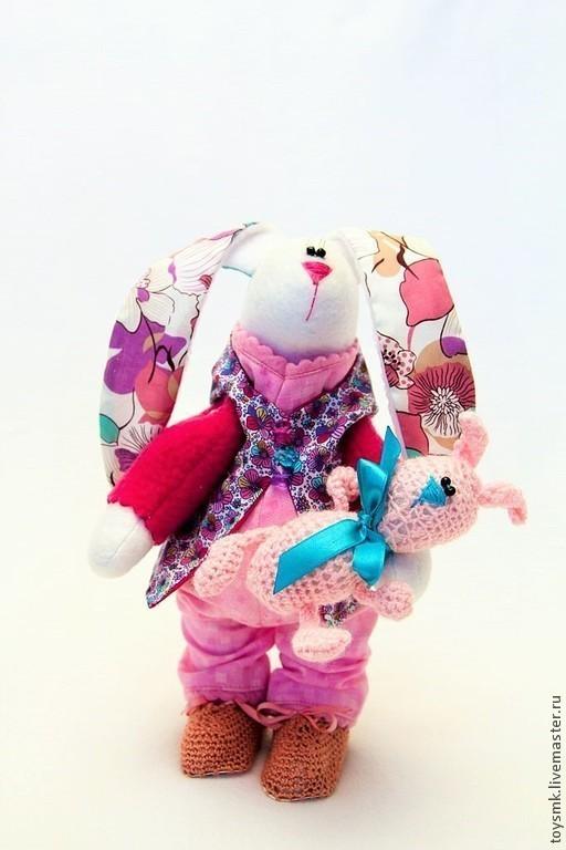 Игрушки животные, ручной работы. Ярмарка Мастеров - ручная работа. Купить Зайка с зайчонком. Handmade. Фуксия, интерьерная игрушка, хлопок