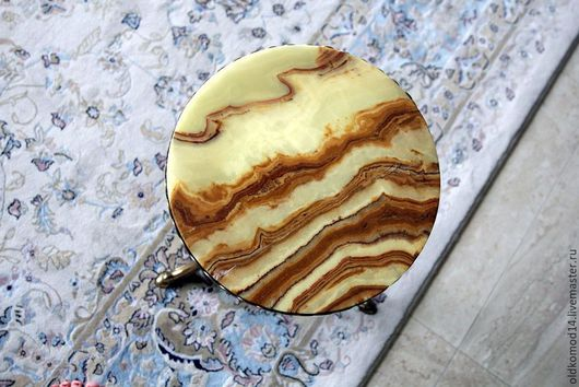 Винтажные предметы интерьера. Ярмарка Мастеров - ручная работа. Купить столик маленький латунный аниткварный. Handmade. Золотой, литье из латуни