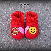 """Работы для детей, ручной работы. Ярмарка Мастеров - ручная работа пинетки валяные (тапочки) """"peace love happiness"""". Handmade."""