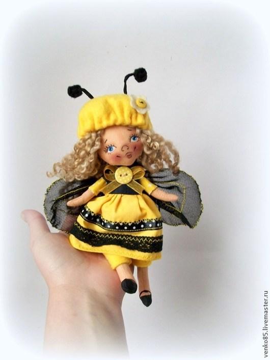 Коллекционные куклы ручной работы. Ярмарка Мастеров - ручная работа. Купить Чудо на ладошке Пчелка. Handmade. Пчела кукла