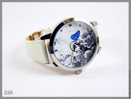 Оригинальные Дизайнерские Часы Бабочка и Абстракция (Белый Ремень). Студия Дизайнерских Часов DIA.