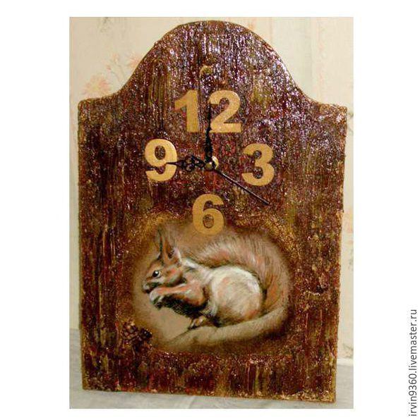 """Часы для дома ручной работы. Ярмарка Мастеров - ручная работа. Купить Часы """"Рыжехвостенькая"""". Handmade. Часы, белка, часы в подарок"""