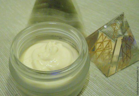 Ночной БИОсовместимый крем для сухой и нормальной кожи