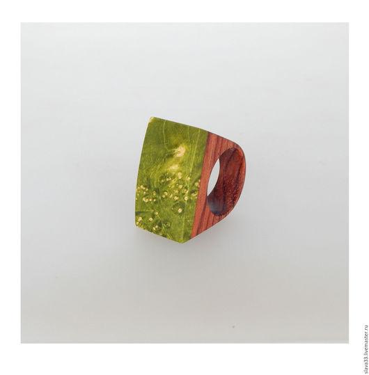 Кольца ручной работы. Ярмарка Мастеров - ручная работа. Купить Яркое кольцо из дерева.. Handmade. Салатовый, деревянное кольцо
