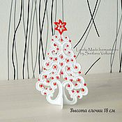 Подарки к праздникам handmade. Livemaster - original item The Christmas tree on the table lace. Christmas decoration of the interior. New year 2017. Handmade.