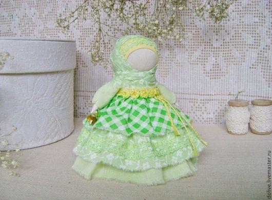"""Народные куклы ручной работы. Ярмарка Мастеров - ручная работа. Купить куколка """"Колокольчик"""". Handmade. Салатовый, традиционная кукла, счастье"""