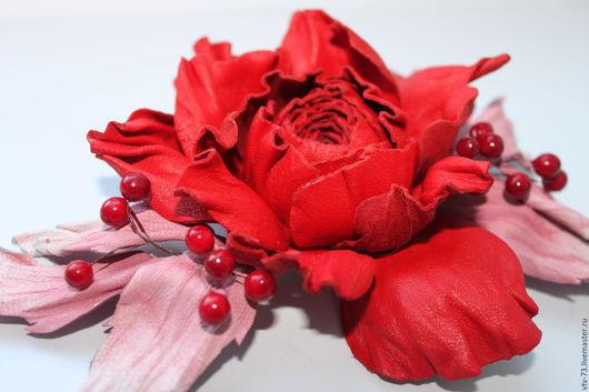"""Броши ручной работы. Ярмарка Мастеров - ручная работа. Купить Брошь из кожи """"За любовь"""". Handmade. Ярко-красный"""