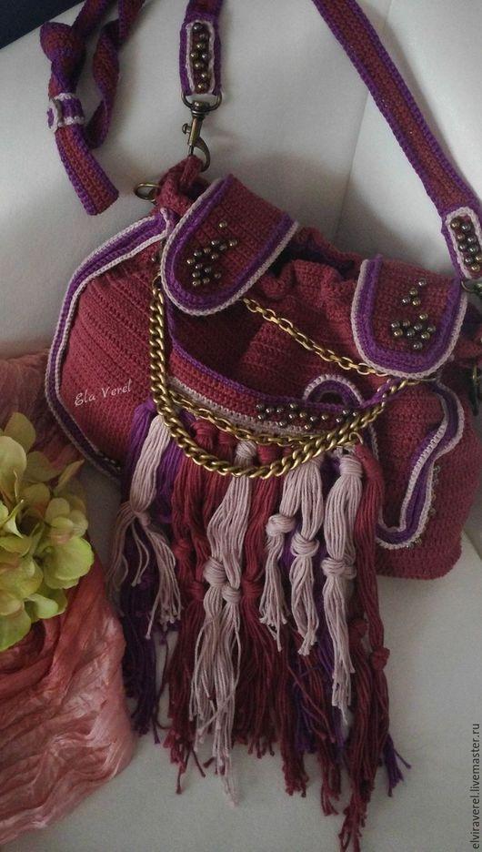 Женские сумки ручной работы. Ярмарка Мастеров - ручная работа. Купить Вязаный комплект сумка+украшение ''СЛИВОВЫЙ ПУНШ -БОХО''. Handmade.