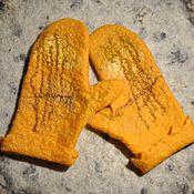 "Аксессуары ручной работы. Ярмарка Мастеров - ручная работа Валяные варежки ""Оранжевый закат"". Handmade."