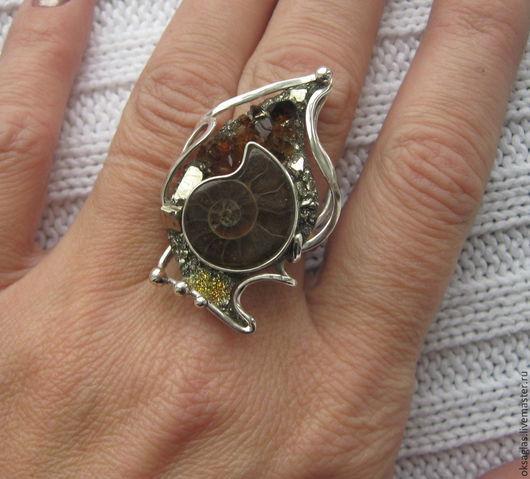 Кольца ручной работы. Ярмарка Мастеров - ручная работа. Купить Кольцо с Аммонитом и Цитрином.. Handmade. Разноцветный, серебро