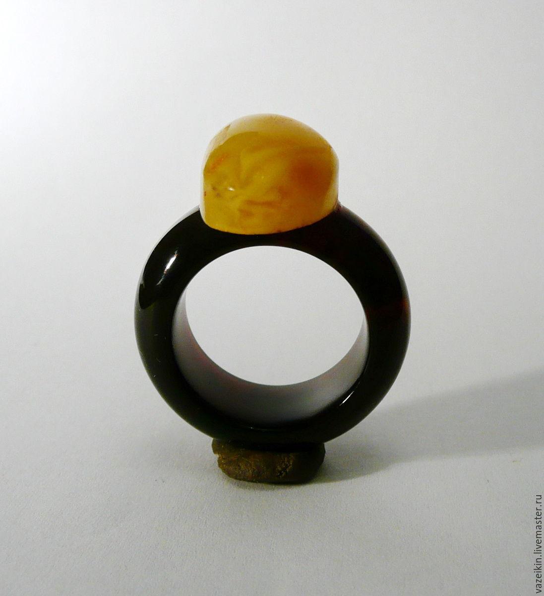 Кольца ручной работы. Ярмарка Мастеров - ручная работа. Купить Кольцо из янтаря. размер 18.5-19. Handmade. Желтый