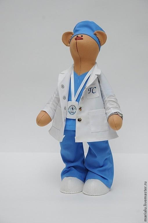 Куклы Тильды ручной работы. Ярмарка Мастеров - ручная работа. Купить Мишка доктор. Handmade. Бежевый, игрушка в подарок, фетр