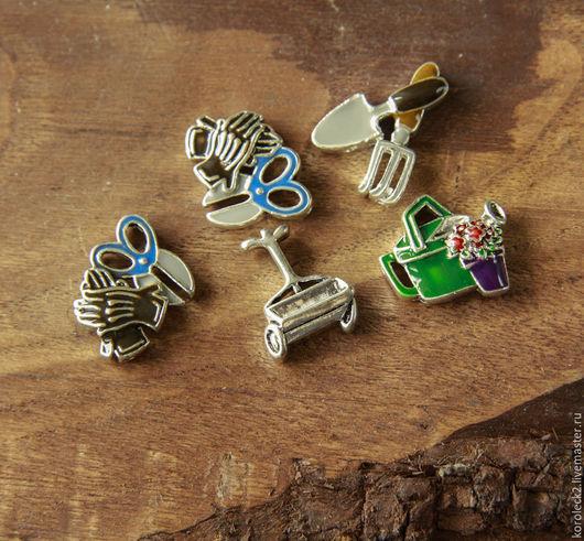 Для украшений ручной работы. Ярмарка Мастеров - ручная работа. Купить Латунные бусины-слайдеры в форме садовых инструментов. Handmade.