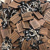 Атрибутика ручной работы. Ярмарка Мастеров - ручная работа Брелки из дерева ценных пород. Handmade.