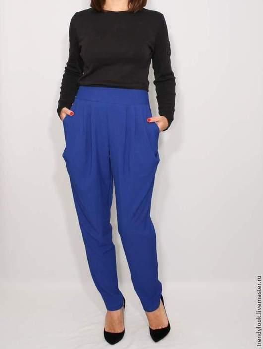 Брюки, шорты ручной работы. Ярмарка Мастеров - ручная работа. Купить Офисные брюки синие штаны с карманами в гаремном стиле,. Handmade.