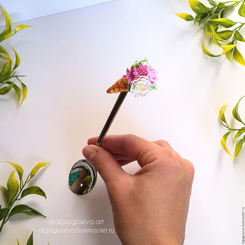 Рожок с цветами фото