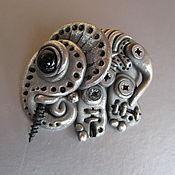 Брошь-булавка ручной работы. Ярмарка Мастеров - ручная работа Брошь Еlephant в стиле биомеханика. Handmade.