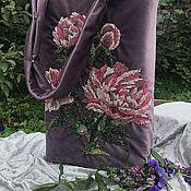 Классическая сумка ручной работы. Ярмарка Мастеров - ручная работа Сумки: Сумка из бархата с вышивкой пионы. Handmade.