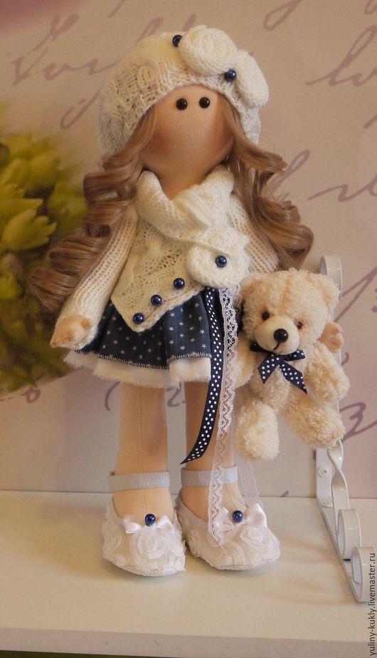 Коллекционные куклы ручной работы. Ярмарка Мастеров - ручная работа. Купить Текстильная кукла Малена. Handmade. Белый, кукла с мишкой