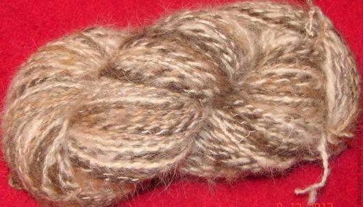 пасма пряжи из пуха московской сторожевой овчарки