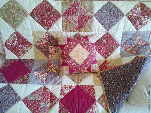 Пледы и одеяла ручной работы. Ярмарка Мастеров - ручная работа. Купить Лоскутное одеяло (плед) и подушка. Handmade. Разноцветный, плед