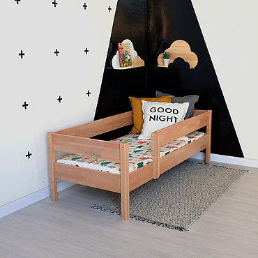 Мебель ручной работы. Ярмарка Мастеров - ручная работа Кровать детская Арвен буковая, с защитным бортиком L. Handmade.