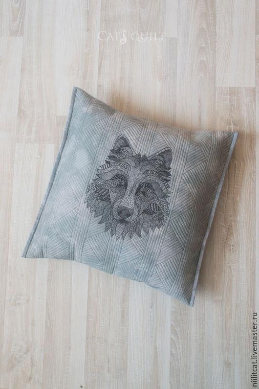 """Текстиль, ковры ручной работы. Ярмарка Мастеров - ручная работа. Купить Подушка """"Волк"""". Handmade. Подушка, подарок на любой случай"""