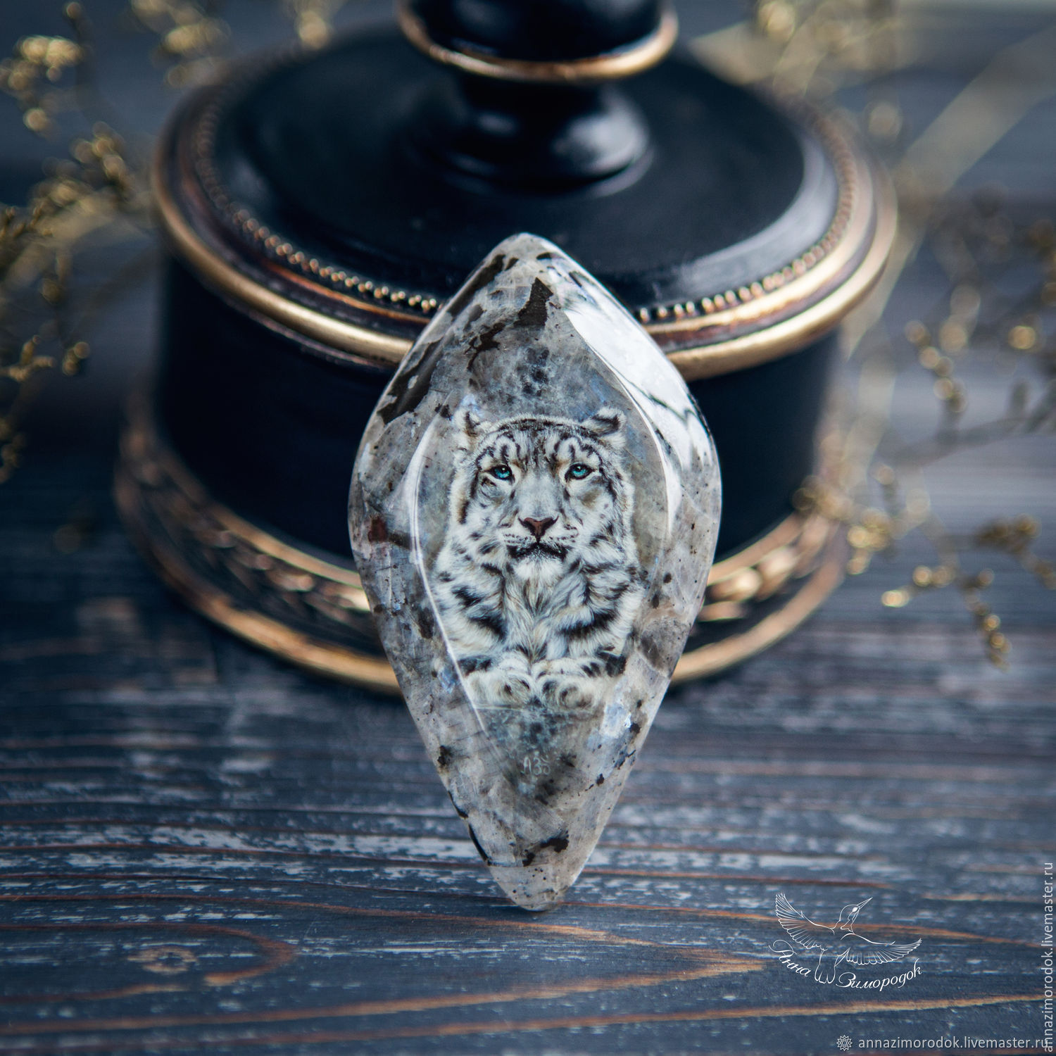 Lacquer miniature Snow Leopard on stone for jewelry, Stones, Moscow,  Фото №1