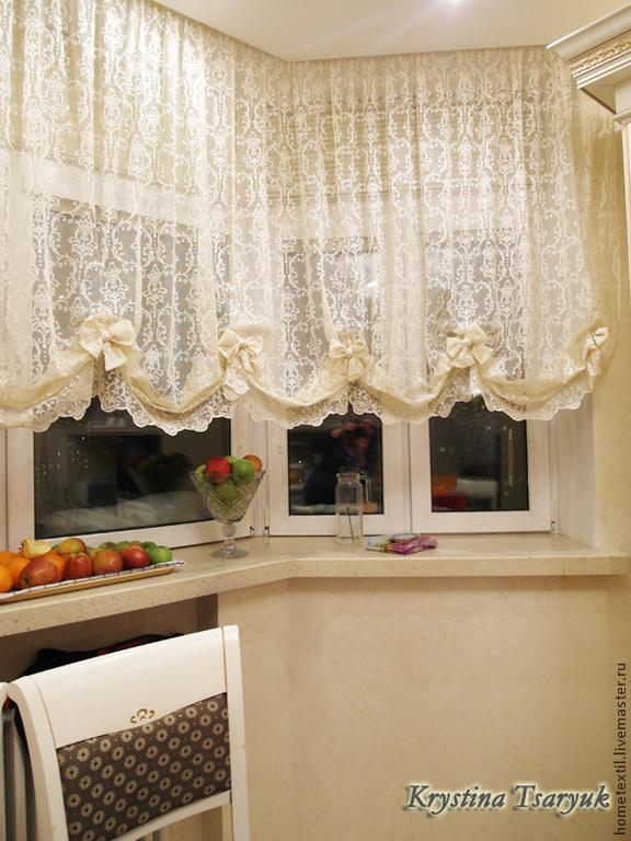 Кухни с эркером дизайн шторы
