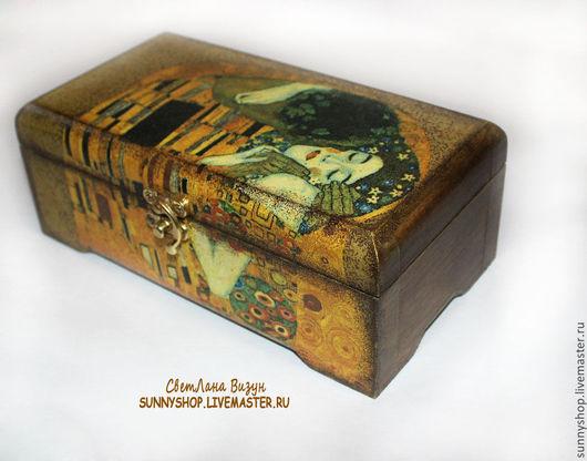 Шкатулка для украшений `Климт. Поцелуй` (декупаж) шкатулка Климта декупаж шкатулка москва шкатулка для украшений шкатулка в подарок