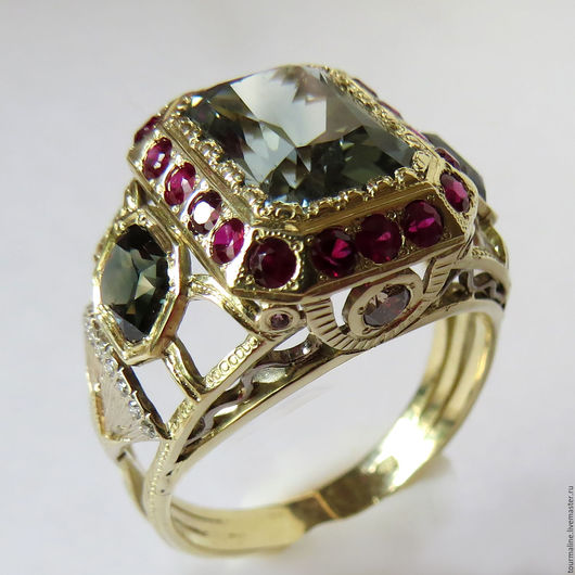 Кольца ручной работы. Ярмарка Мастеров - ручная работа. Купить Кольцо с турмалином, рубинами,сапфирами и бриллиантами, золото 585. Handmade.