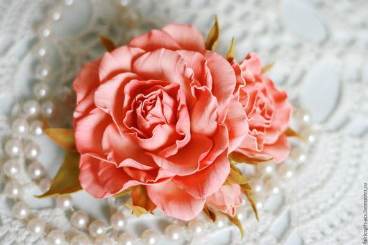 Броши ручной работы. Ярмарка Мастеров - ручная работа. Купить Брошь Розы персиковые. Handmade. Коралловый, брошь цветок