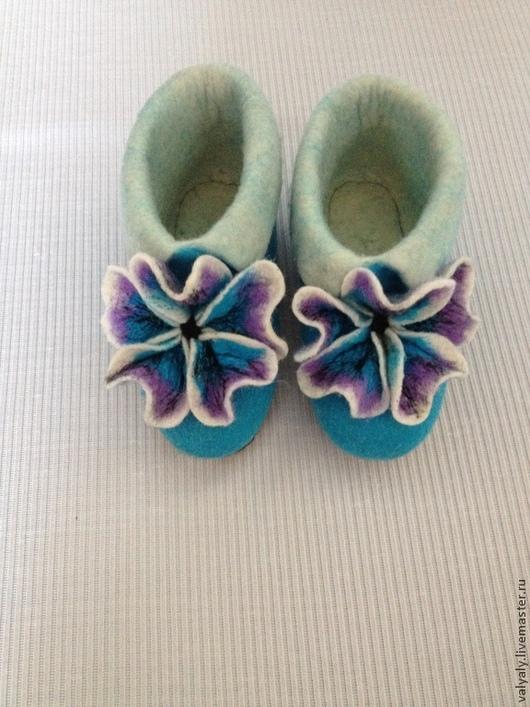 """Обувь ручной работы. Ярмарка Мастеров - ручная работа. Купить Валяная домашняя обувь.Валеночки """"Нежность"""". Handmade. Бирюзовый"""