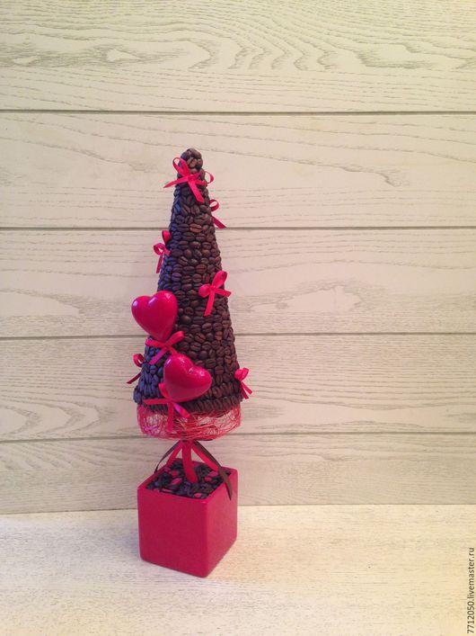 яркий подарок на день святого Валентина красный кофейная влюбленная ёлочка яркий подарок день всех влюбленных красное сердце красные бантики необычный подарок романтический вечер для любимой девушки