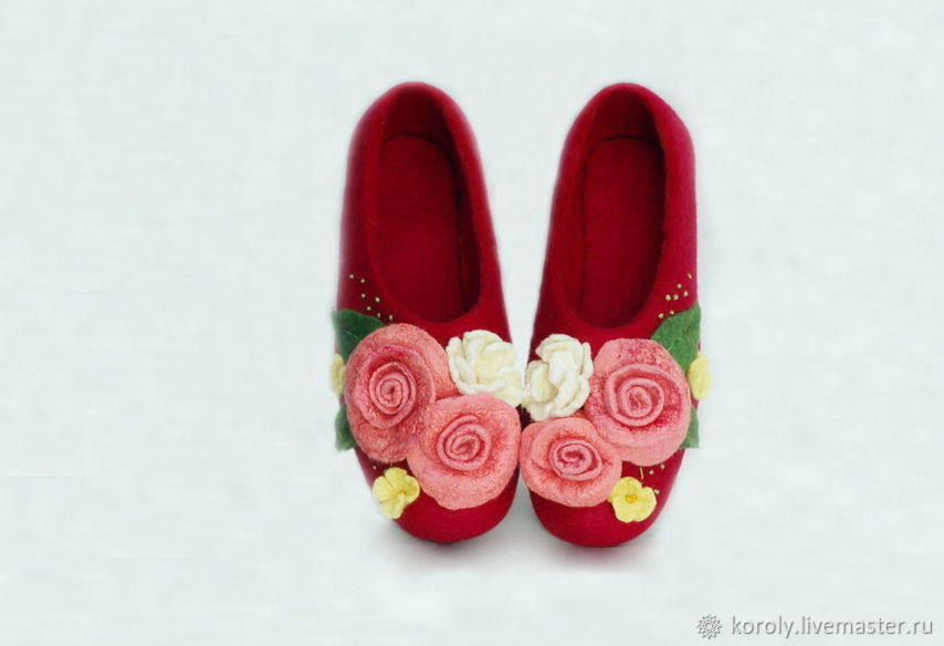 Felted Slippers 'give a bouquet of flowers' March 8, Slippers, Yaroslavl,  Фото №1