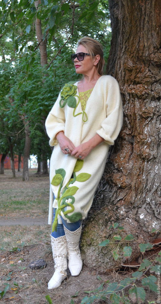 """Верхняя одежда ручной работы. Ярмарка Мастеров - ручная работа. Купить """"Виола""""-4 вязаное пальто (ручное вязание). Handmade."""
