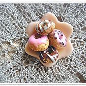 """Украшения ручной работы. Ярмарка Мастеров - ручная работа Брошь """"Пончики с глазурью"""". Handmade."""