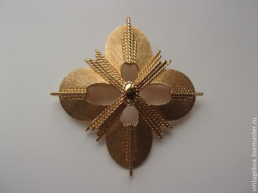 """Винтажные украшения. Ярмарка Мастеров - ручная работа. Купить """"MONET"""" Брошь Мальтийский крест. В золотом цвете. Винтаж 1970-е. Handmade."""