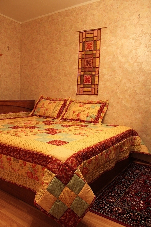 Текстиль, ковры ручной работы. Ярмарка Мастеров - ручная работа. Купить Цветочная поляна. Handmade. Покрывало пэчворк, лоскутное покрывало