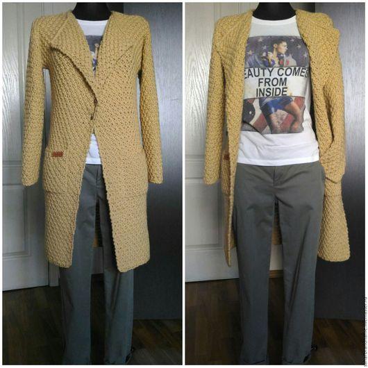 Верхняя одежда ручной работы. Ярмарка Мастеров - ручная работа. Купить Пальто классисеческое вязаное объемное цвет слоновой кости. Handmade.
