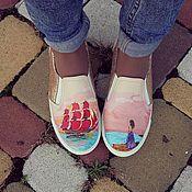 Обувь ручной работы. Ярмарка Мастеров - ручная работа Кожаные слипоны с росписью Алые паруса. Handmade.